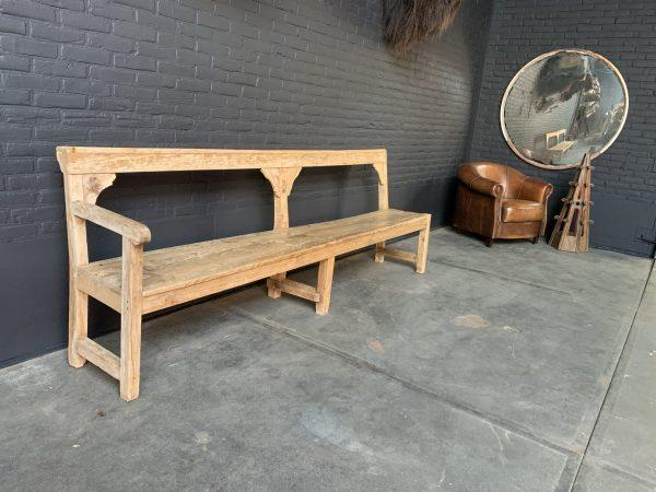 Antieke houten zitbank.