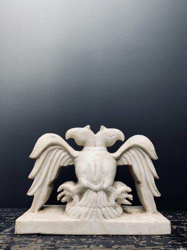 Antiek wit marmeren beeld