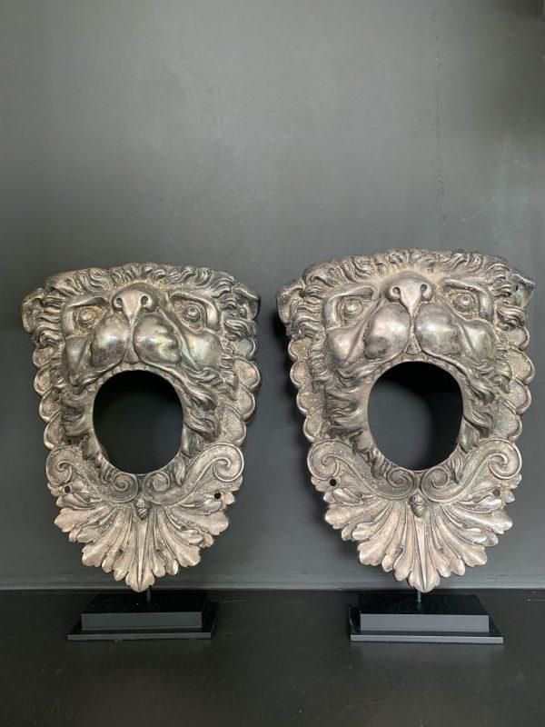 Set antique elegant silver plated copper lion heads