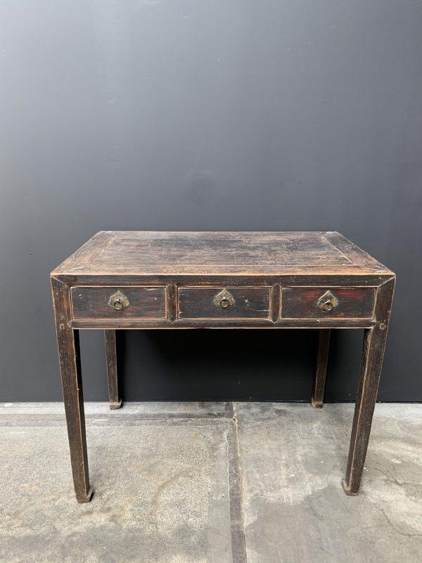 Antiek bureau / tafeltje met 3 lades