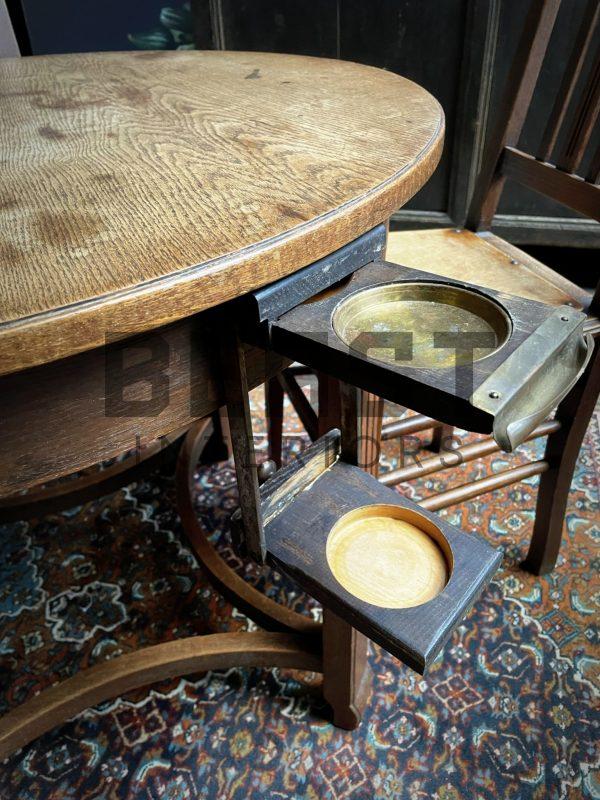 Antiek kaart tafeltje met stoelen