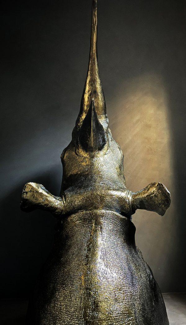 Gemetalliseerde neushoorn kop