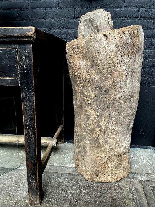 Antieke handgemaakte houten boomstam pot,